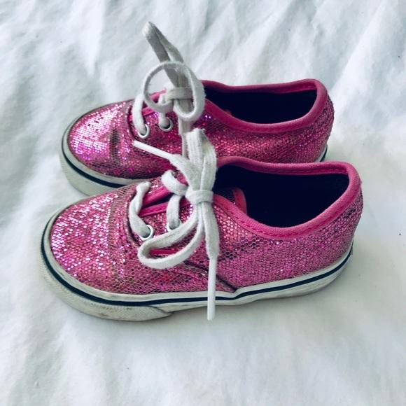 b9ff2b05a4 Girls pink sparkle Vans